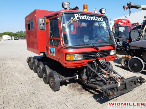 Kässbohrer PB 170 mit Personentransportkabine